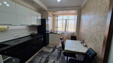 жеке менчик в Кыргызстан: Индивидуалка, 3 комнаты, 84 кв. м