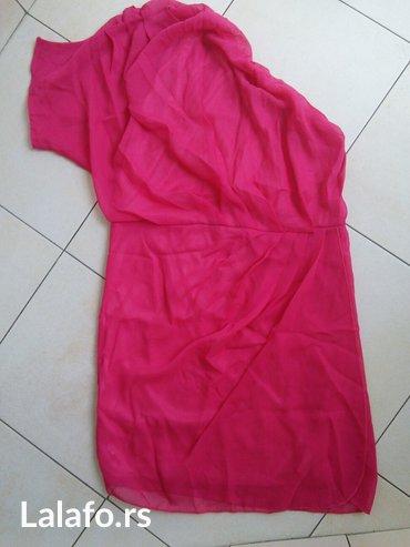 Roze haljina na jedno rame, potpuno nova. Veličina je univerzalna, - Crvenka