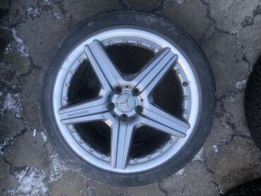 mercedes benz c63 amg в Кыргызстан: Продаю диск всего одна штука от W221 Мерс //AMG R19 ширина 8.1/2J выл