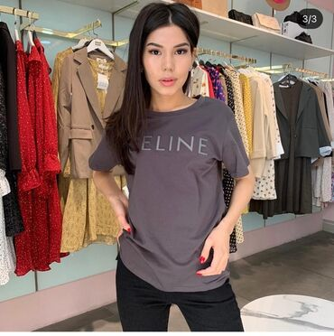В наличии шикарная футболка CELINE  Размеры : s m повтор  Цена : 900с