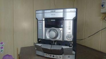 Продаю музыкальный центр sony в в Бишкек