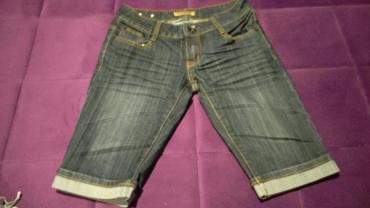 Pantalonice-s - Srbija: Teksas pantalonice do iznad kolena. Velicina S, potpuno nove, sa