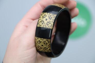 Украшения - Киев: Жіночий браслет з принтом     Стан дуже гарний