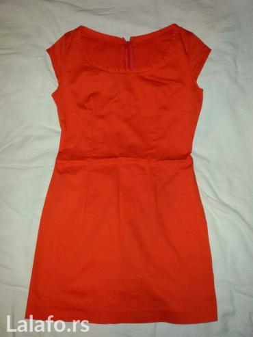 Narandžasto-crvena haljina - Novi Sad