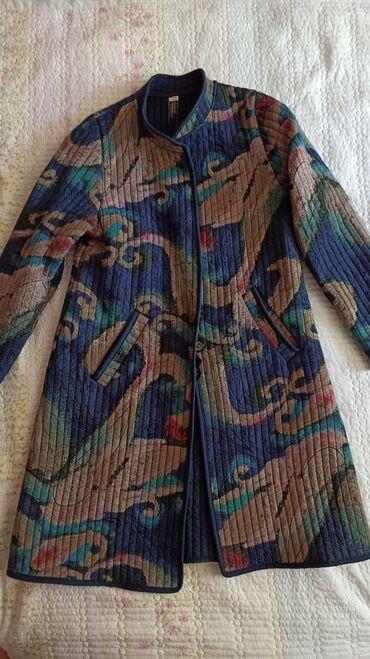 где купить ткань для мебели в Кыргызстан: Лёгкое пальто-жакет в национальном стиле. Приталенный силуэт длинна