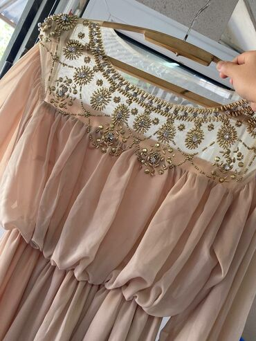 квартира кызыл аскер ден 3000 5000 чейин in Кыргызстан | БАТИРДИ ИЖАРАГА АЛАМ: Продаю вечернее платье, одевала один раз. Брали за 5000 тысяч продаю