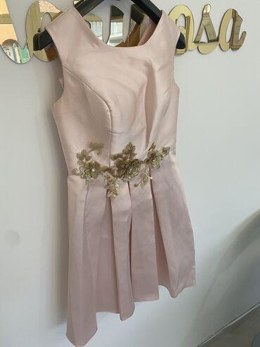 3988 oglasa: Nova haljinica,jako lepazlatni rucni rad!