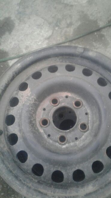 диска мерседес в Кыргызстан: Продаю диски на мерседес состояние хорошее