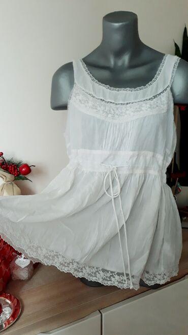 Casablanca bela majica sa karnerima i čipkomvel.XL (42)Divna, tanka