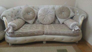 Biləsuvar şəhərində 2 divan bir kreslo divanlar acilib yataq olur 900 azn Xirdalan