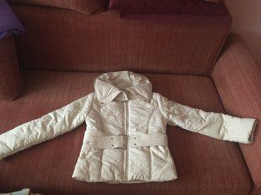 Jesenja jakna, ni jednom nije nosena, kupljena u svedskoj, sa pojasom - Belgrade