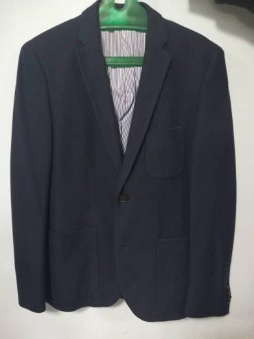 Стильный пиджак, размер М в Бишкек