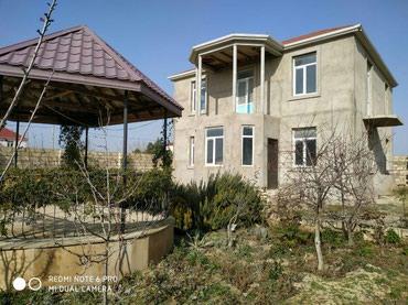 Bakı şəhərində Hövsan dəniz qırağında 6 sotun içində 2 mərtəbə 5 otaqlı Villa.