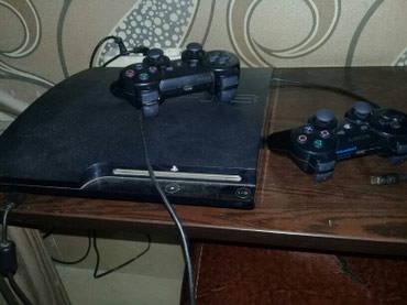 Bakı şəhərində Playstation 3. praşıfkalı 2 pult yaddaşında ən son oyunlar