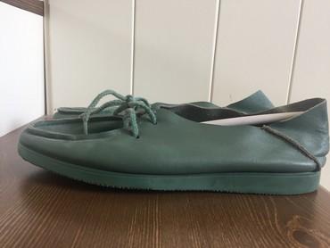 Мокасины в Кыргызстан: Мокасины кожаные на шнуровке зеленого цвета,36-37 размер(кожа мягкая и