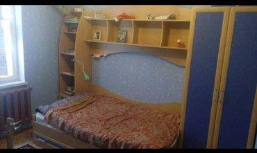 Срочно продаю 3 ком квартиру 106 серия 2 этаж из 9 не угловая, в Бишкек