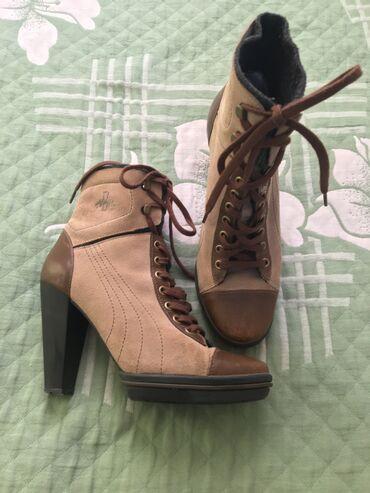 Личные вещи - Ош: Сапоги кожаные от puma, покупала в германии в городе гамбург. Каблук в