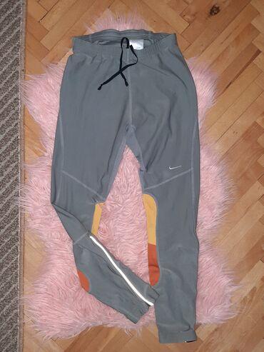 Nike trenerka - Srbija: Original Nike dryfit helanke, velicina m