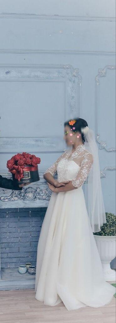 свадебное платье напрокат в Кыргызстан: Продается свадебное платье, очень нежное и скромное. Сшила на заказ