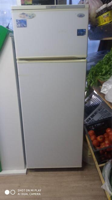 продаю холодильник бу in Кыргызстан   ХОЛОДИЛЬНИКИ: Б/у Двухкамерный   Белый холодильник Atlant