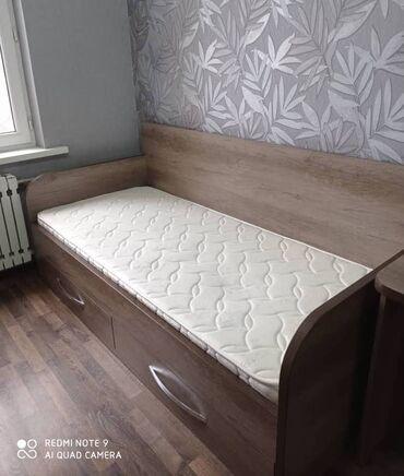 двухъярусные кровати бу в Кыргызстан: Продаю односпальную кровать с матрасом (2 шт.)Размеры:длина - 206