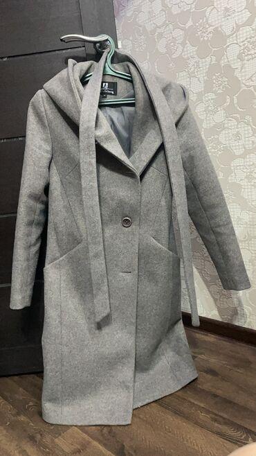 ������������ �������������� �� �������������� в Кыргызстан: Продаю Деми пальто в идеальном состоянии. Размер 44-46