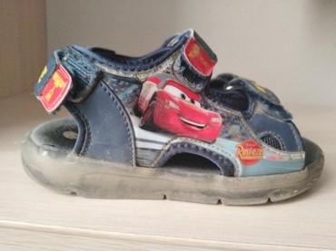 Детская обувь в Шопоков: Продаю тапочки новый из Москвы привёз качественный покупали в магазине