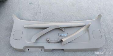 toyota corolla verso цена в Ак-Джол: Обшивка двери (багажника, 5 дверь) на Тойота Ипсум. Привозной, в