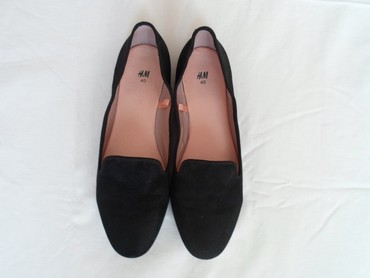 Ženska obuća   Loznica: H&M. 40/26
