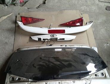 Спойлер пятой двери Toyota caldina 241-246 Цвет белый в Бишкек
