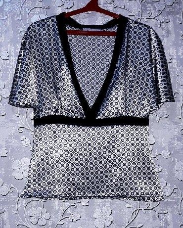 женская рубашка размер м в Кыргызстан: Кофточка женская. Качество супер!Размер: М, наш 44.Состояние