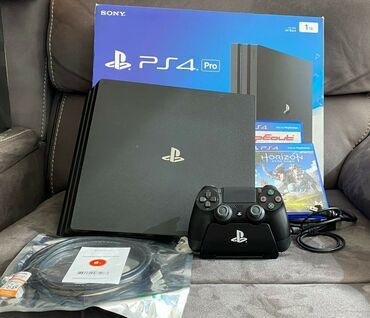   Beograd: Brand new sony playstation 4pro sealed in box with complete