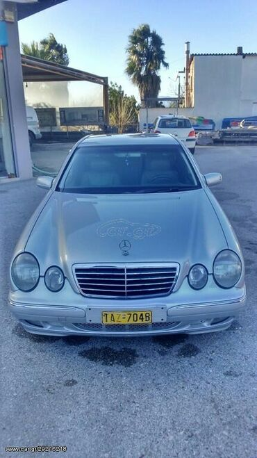 Mercedes-Benz 220 2.2 l. 2001 | 650000 km