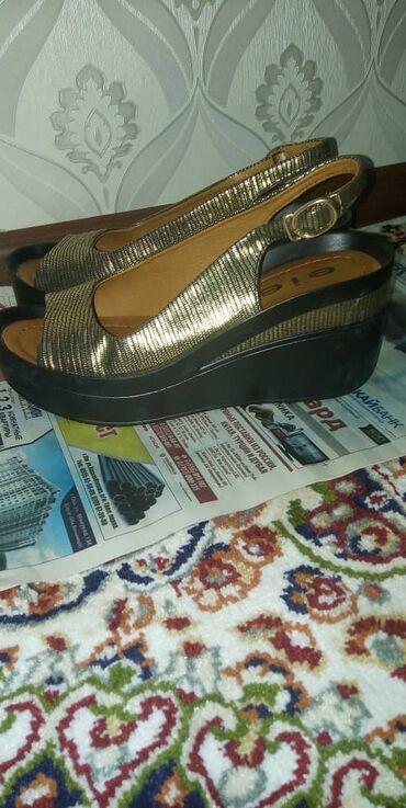 Женская обувь в Ош: Сатылат
