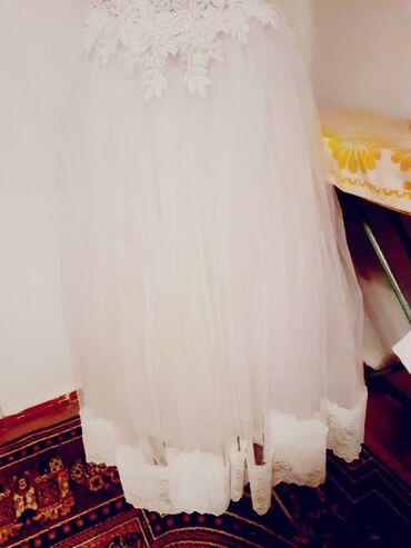 Свадебные платья - Токмак: Продаю свадебное платье 48-54 размера состояние хорошее обращайтесь
