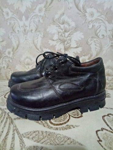 Продаю кожаные новые туфли на в Бишкек