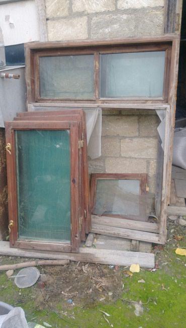 Bakı şəhərində Plastik deyishilib deye cemi bir il tikilmish evin