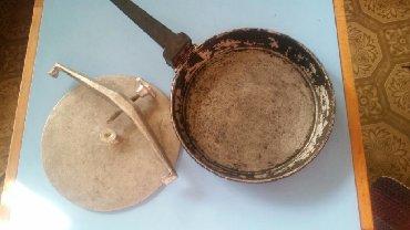 табак щербетли в Кыргызстан: Сковорода для ципленка табака крышка с винтом прижимает курицу или
