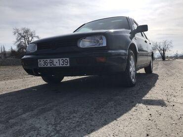 masa və stul - Azərbaycan: Volkswagen Golf 1.8 l. 1997 | 152689 km