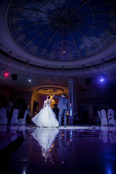 свадебное платье футляр в Кыргызстан: Сдаю своё свадебное платье  Очень красивое платье со шлейфом  Разме