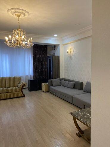 Сдается квартира: 3 комнаты, 132 кв. м, Бишкек