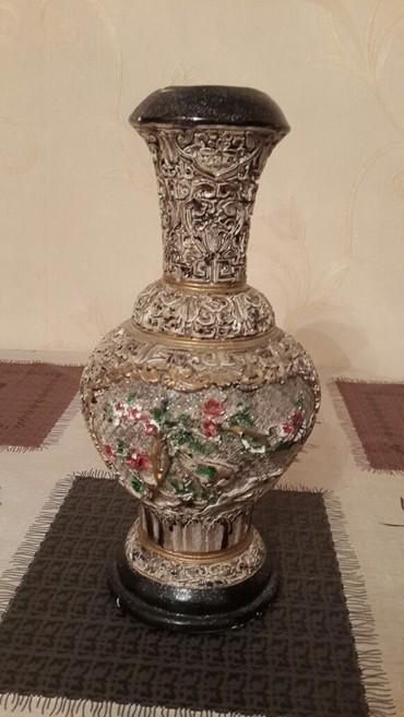 Bezekli maskalar - Azərbaycan: Misirden getirilmiw bezekli Guldan