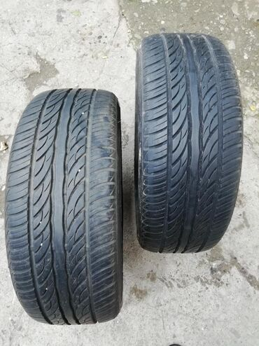 Auto gume - Srbija: Gume 215/60 /15 u dobrom stanju, sa mog auta