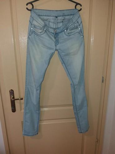 Teksas-farmerke-proizvodi-i-pazar - Srbija: Teksas pantalone velicine M. Mekan i tanji teksas