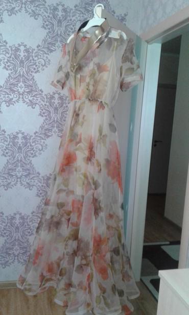 Продаю красивое,нежное платье .Внутри в Бишкек