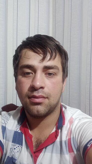 3 elan   İŞ: Ofisiant. 1-2 illik təcrübə