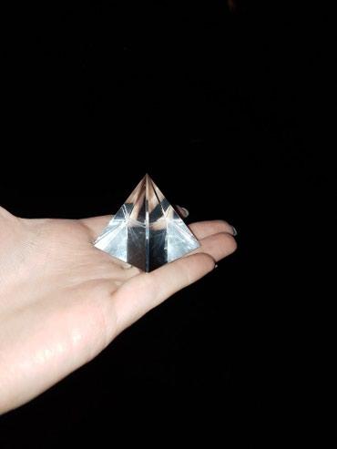 Стеклянная пирамида в Бишкек