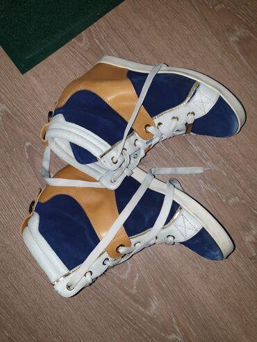спортивная обувь кроссовки в Ак-Джол: Сникерсы 450 сом