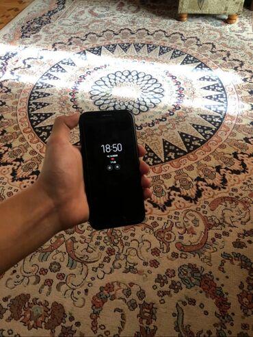 Б/у Samsung A500 32 ГБ Черный
