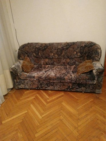 Bakı şəhərində Диван  2.0/1.50.,состояние отличное,окончательная цена--200 азн,самовы